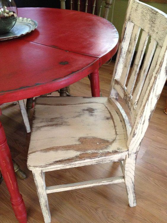 mobili-decapati-bianco-rosso